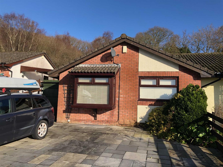 Edison Crescent, Clydach, Swansea, SA6 5JF